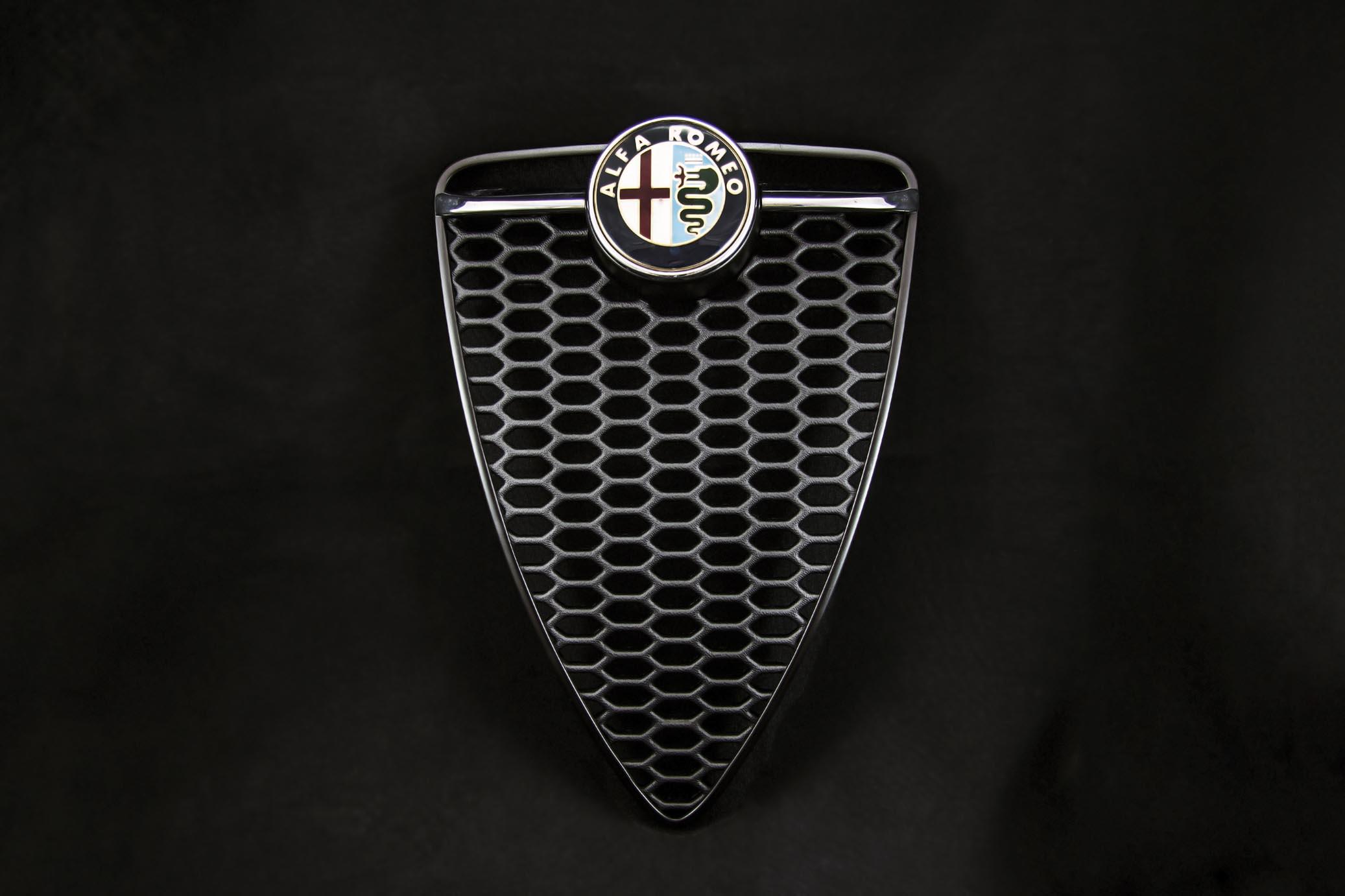 Alfa MiTo 4C style grille